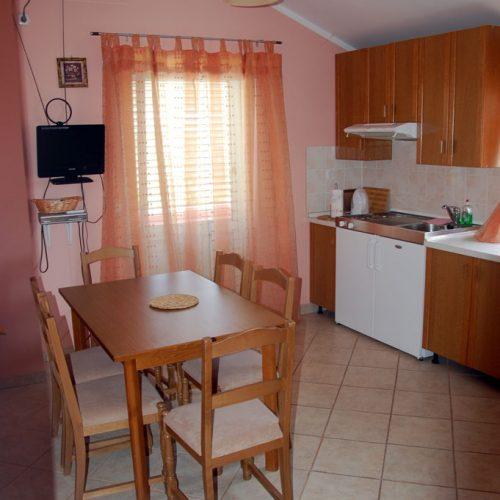 Kuća: 440 m2 Preko