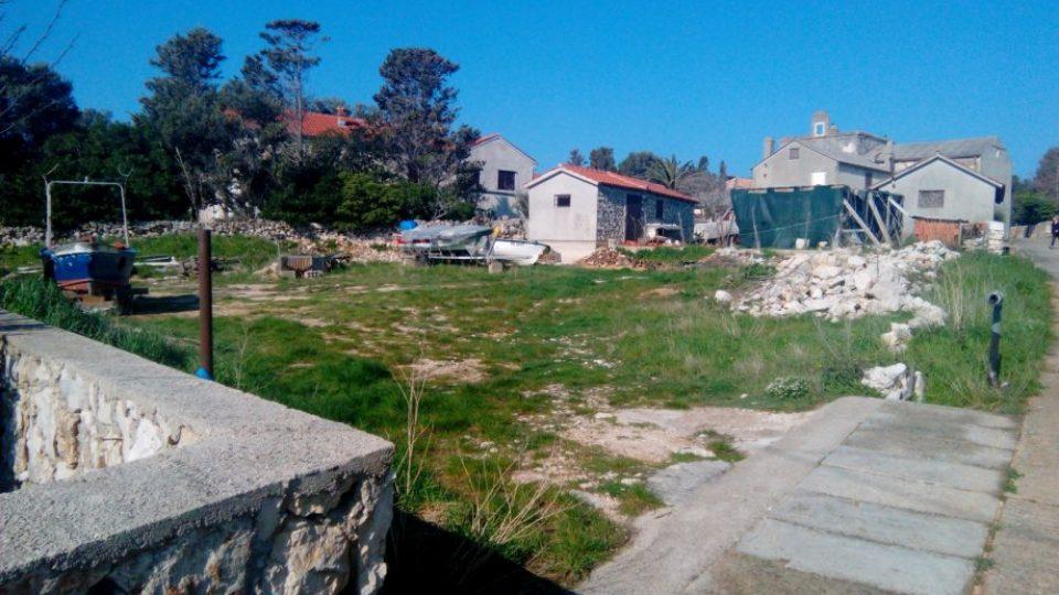 gradevinsko-zemljiste-silba-700-m2-slika-64788117