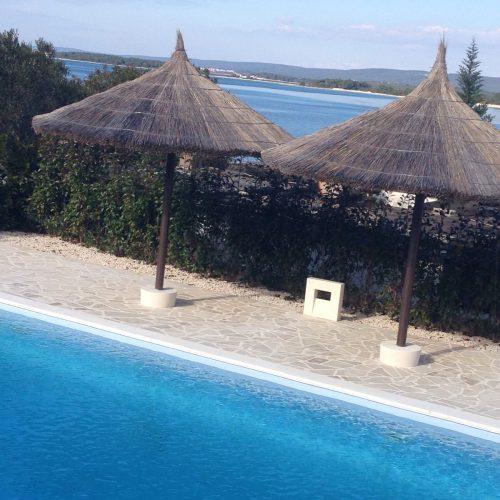 Luksuzna villa: 557 m2 Tkon