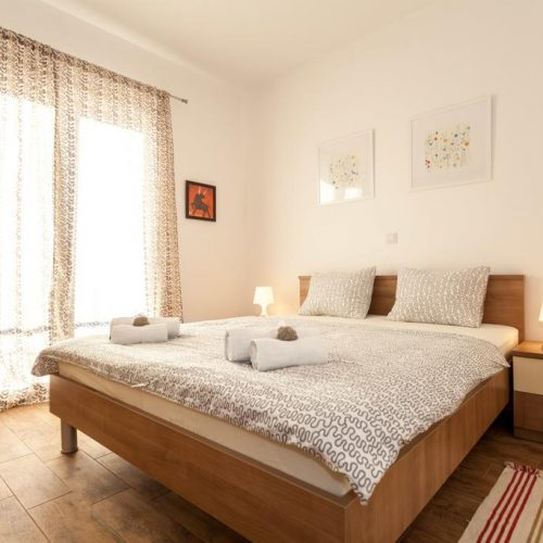 Villa s 8 apartmana i bazenom (Borik)