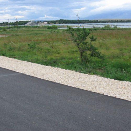 Građevinsko zemljište: 2175 m2 Privlaka 60 E/m2