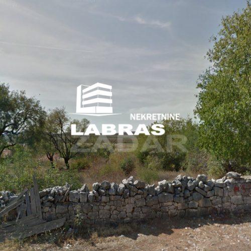 Građevinsko zemljište: 1325 m2 Budak + 2400 m2 poljoprivredno