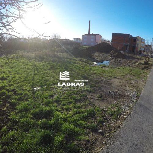Građevinsko zemljište: 686 m2 Nin, Blizina mora!!!
