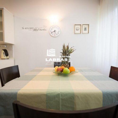Stan: 76 m2 Voštarnica, odlična lokacija!!!