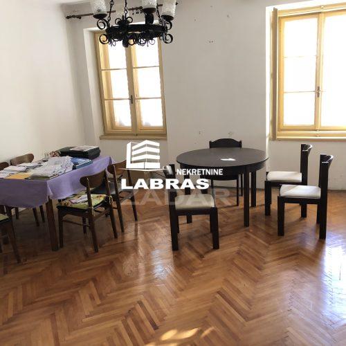 Stan: Zadar-Poluotok, 125 m2 – Idealno za odvjetnički ured!