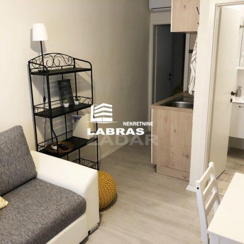Stan: Zadar-Poluotok, 48 m2 – 2 apartmana za turizam