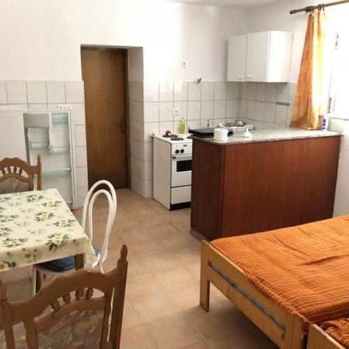 Kuća: Kožino, katnica, 400 m2 – 2. red od mora! 7 apartmana! 2 garaže!