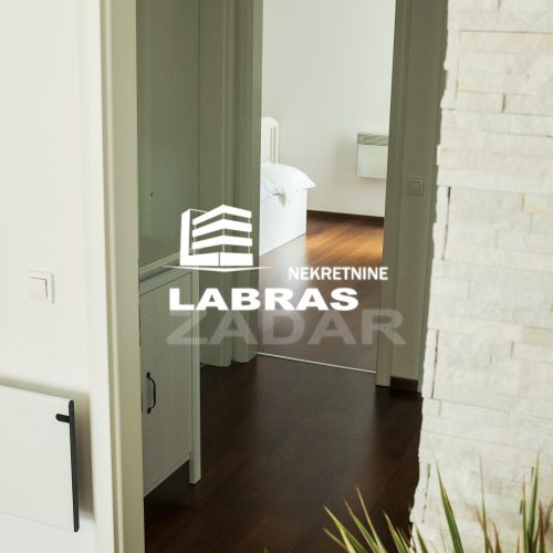 Stan: Zadar-Diklo, 92.60 m2 – Pogled na more, veliki vrt!