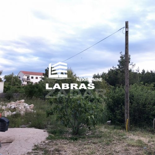 Građevinsko zemljište, Pakoštane, 808 m2 – Ispod magistrale