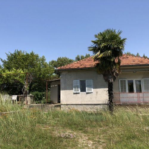 Kuća: Banjevci, prizemnica, 100 m2