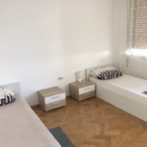 Stan: Zadar-Branimir, prvi red do mora, 70 m2