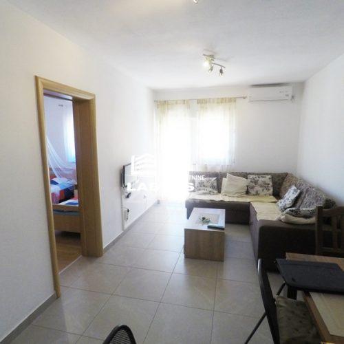 Dvosobni stan: Zaton, 58 m2, novogradnja – Blizina mora – Vrt!!