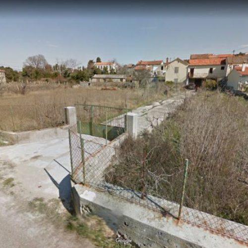 Kuća: Banj, katnica-imanje, POVOLJNO, 233 m2