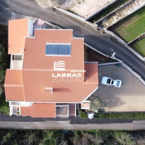 Kuća: Lukoran, katnica, 378 m2 – 6 apartmana – prvi red!!!