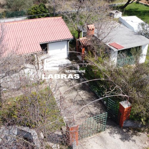 Kuća: Privlaka, prizemnica, 46,m2 + 25 m2 Garaža
